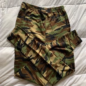 Pants - Camouflage Leggings